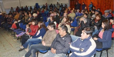 Ayer la asamblea organizada por la CGT determinó las acciones a seguir frente a los aumentos en servicios.
