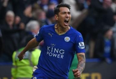 Ulloa y sus goles decisivos, un aporte fundamental para el histórico Leicester campeón de la Premier.