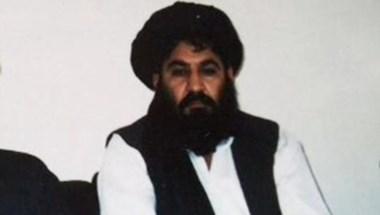 El mullah Mansur, en una de las pocas imágenes públicas suyas.