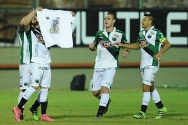 Melo festejó su gol con dedicatoria a Espíndola, el compañero que fue asesinado en una entradera.