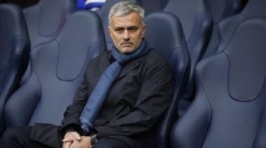 El portugués Mourinho acordó su llegada al Manchester United.