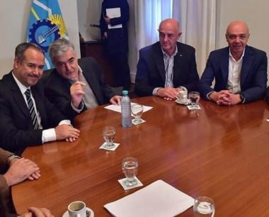 La reunión que mantuvo el gobernador y sus ministros con Sedronar.