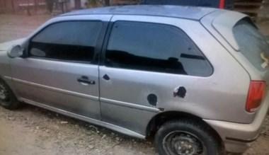 Secuestrado. El coche que usaron los ladrones en Trelew.