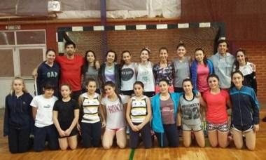 El Club Cordillerano de Esquel está jugando el Nacional de Pista.
