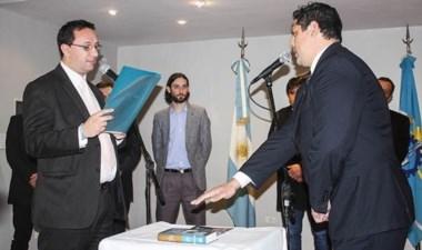 Cattáneo y Márquez prestaron juramento como nuevos funcionarios.
