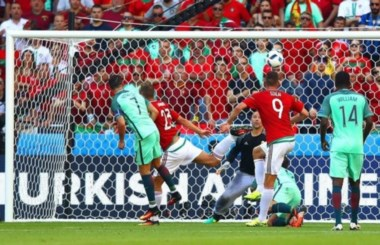 Cristiano Ronaldo es el primer jugador en toda la historia del fútbol que marca en 7 fases finales de Mundial/Eurocopa.