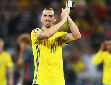 Zlatan Ibrahimovic dice adiós a la selección de Suecia sin triunfos en la Eurocopa y sin haber anotado un gol.