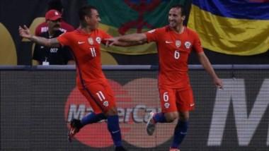 Se repite la historia. Chile y Agentina juegan la final de la Centenario.