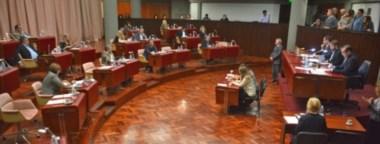 Esta vez las discusiones se dieron entre Cambiemos y los bloques del FpV y Chubut Somos Todos por el exfuncionario detenido, José López.
