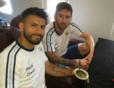 """Messi contra la AFA por demoras en un vuelo: """"Que desastre son""""."""