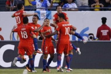 La Roja derrotó a Argentina por penales y festejó en el MetLife por segundo año consecutivo.