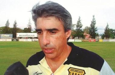 Gabriel Gómez, ex-DT de  Mitre de Santiago del Estero, será el nuevo entrenador de Guillermo Brown.