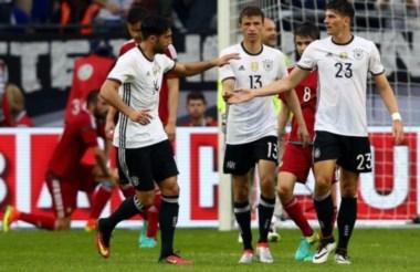 Alemania vence 2-0 a Hungría en el último ensayo previo a la Eurocopa Francia 2016.