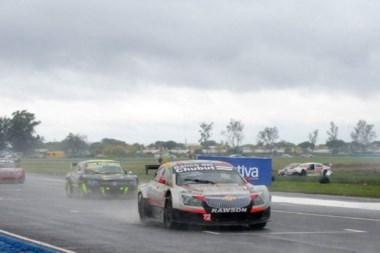 Maxi Valle logró otro podio en el Top Race Series en el autódromo de Concordia.