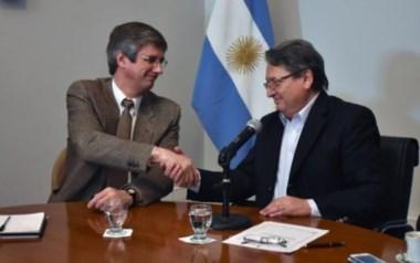 Cisterna y Ongarato presidieron la apertura de la licitación