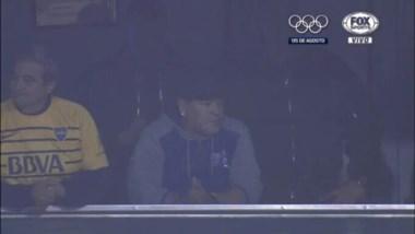 Maradona presente en la Bombonera para ver al club de sus amores ante Independiente del Valle.