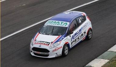 A bordo de un Ford Fiesta  Kinetic, Vidal protagonizó una buena serie.