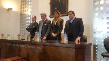 Comité de Regularización: Javier Medín, Armando Pérez, Carolina Cristinziano y Pablo Toviggino (de izquierda a derecha).