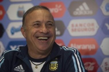 Olarticoechea y su primer partido en la Selección: