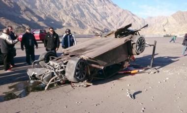Pese a la destrucción del auto el piloto no sufrió lesiones graves