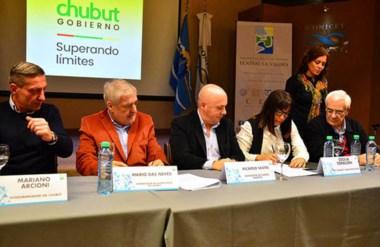 La reunión permitió reafirmar el posicionamiento nacional de rechazo a la caza de los cetáceos.