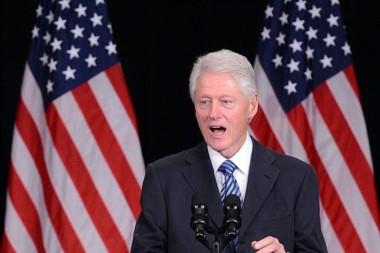 Una flaco favor a la campaña de Hillary, que ya viene complicada con el tema mails...