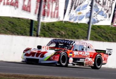 Las series de mañana: 1ra serie Werner-Canapino 2da Silva-Alaux 3ra Rossi-Ardusso.