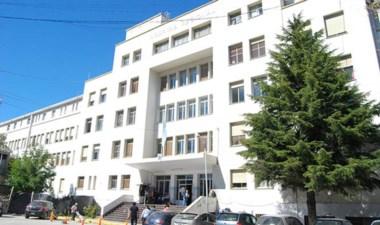 El hospital Regional de Comodoro Rivadavia tiene serias dificultades.
