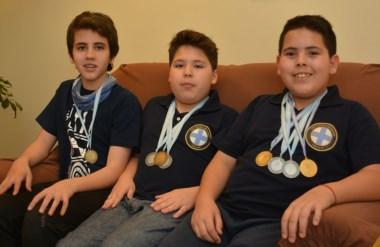 Bautista Morán, Valentín Fernández y  Laureano Ulloa, los trelewenses que lograron medallas en Salta.