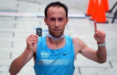 Mariano Mastromarino llegó en el puesto 53º con un tiempo de 2h18m44s.