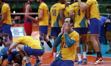 Brasil venció 3 sets a 0 a Rusia y buscará el oro en vóley masculino en Río 2016 ante Italia.