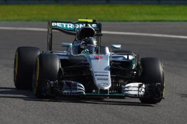 Rosberg cumple, Verstappen impresiona, Raikkonen repunta.