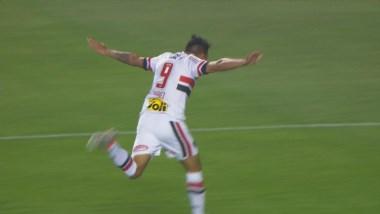 Andrés Chávez, en su segundo partido, puso el 1-0 parcial ante Atlético Mineiro a los 3 minutos.