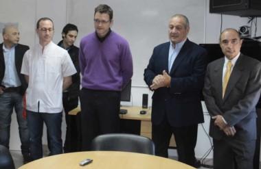 Anuncios. Desde la izquierda, Vecchio, Hernández y Bovcón, durante la ceremonia de reemplazo.