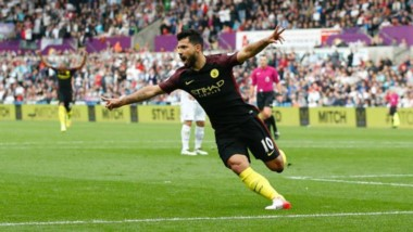 Sergio Agüero lleva 11 goles en 6 partidos. Manchester City consiguió seis triunfos en los 6 partidos de Liga.