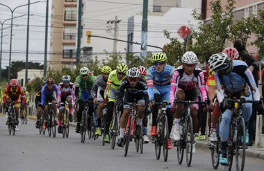 Ayer se corrió el prólogo en las calles del centro de Trelew con 140 participantes. El ganador fue Rosas.