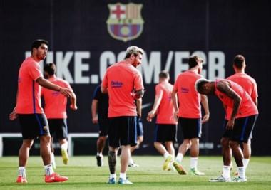 Luis Suárez, Lionel Messi y Neymar volvieron a entrenarse juntos. El mejor tridente del mundo.