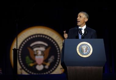 En su despedida, Obama llama a la unidad.
