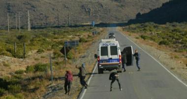 Una de las imágenes que se vivieron en la Cordillera, con un enfrentamiento entre la Policía y la Resistencia.