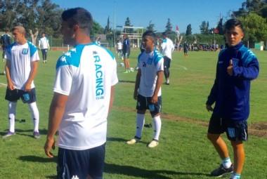 Brian Fernández volvió a Mar del Plata para entrenar con la Primera División.