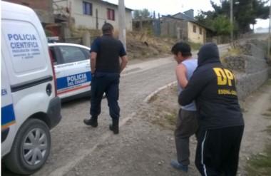 La Brigada de Investigaciones y la seccional Cuarta participaron de las detenciones y allanamientos de ayer.