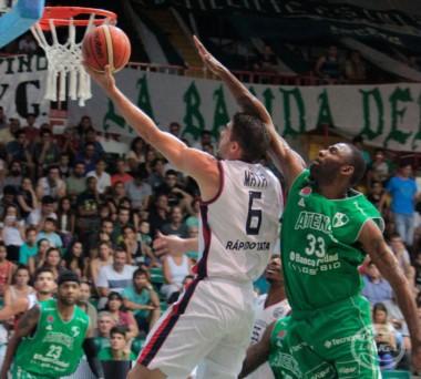 Con el triunfo ante Atenas, Julio Lamas cumplió 600 victorias en la Liga Nacional.