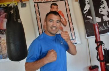 Omar Narváez ya firmó el contrato para pelear en el Barclay Center