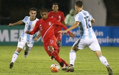 Con un gol agónico del jugador de Racing Lautaro Martínez, Argentina salvó un punto.