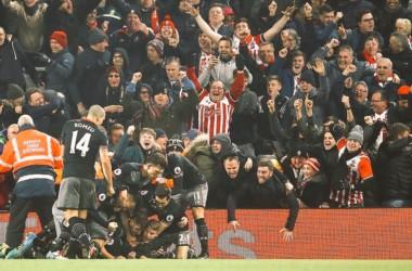 Southampton conquistó Anfield y va a la final de EFL Cup. Su rival será Manchester United o Hull City.