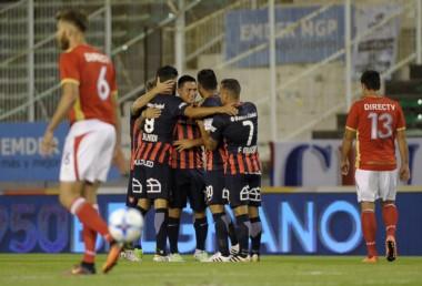 Con gol de Ezequiel Ávila, San Lorenzo venció 1-0 a Estudiantes, en Mar del Plata.