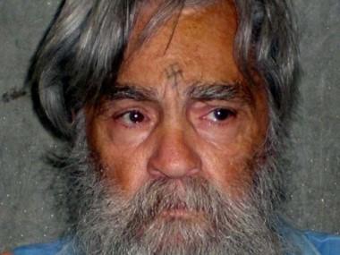 El asesino serial Charles Manson fue hospitalizado de emergencia en California.