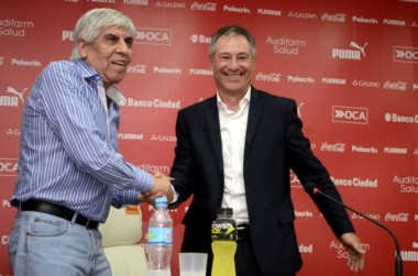 Holan pidió a Erviti, Mancuello y Domingo para el Rojo 2017.