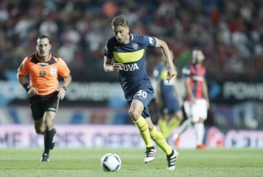 Sebastian Perez trabó la pelota con Wilmar Barrios y ahí se produjo la lesión.