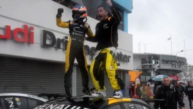Spataro y Ledesma se llevaron un gran triunfo en el Súper TC2000.